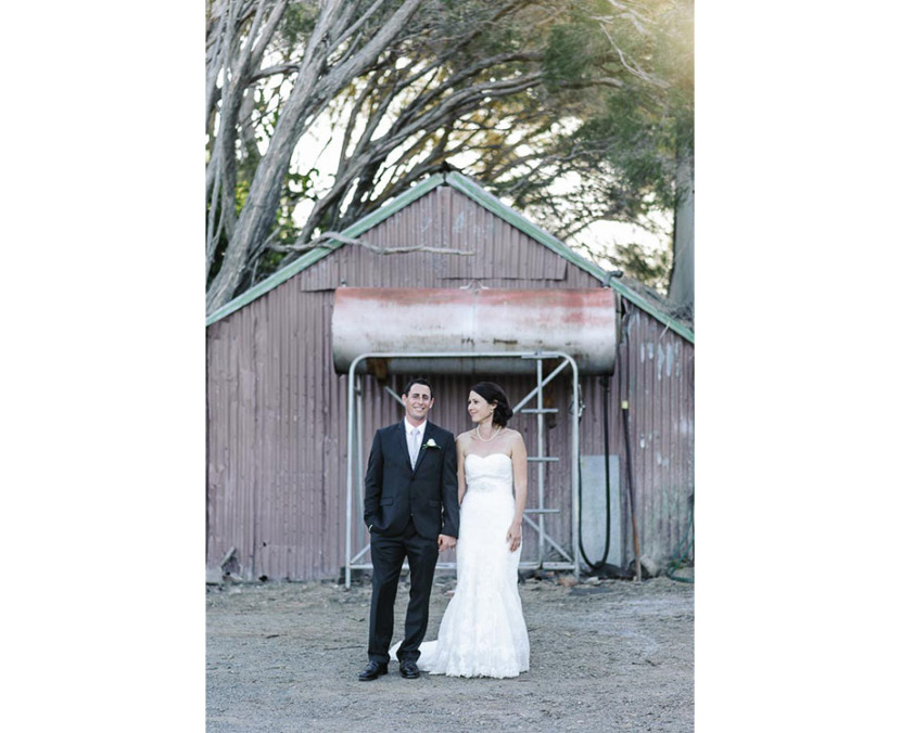 bride-groom-portrait-coolangatta-farmyard
