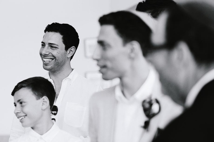 groomsman-laughing-sydney-wedding