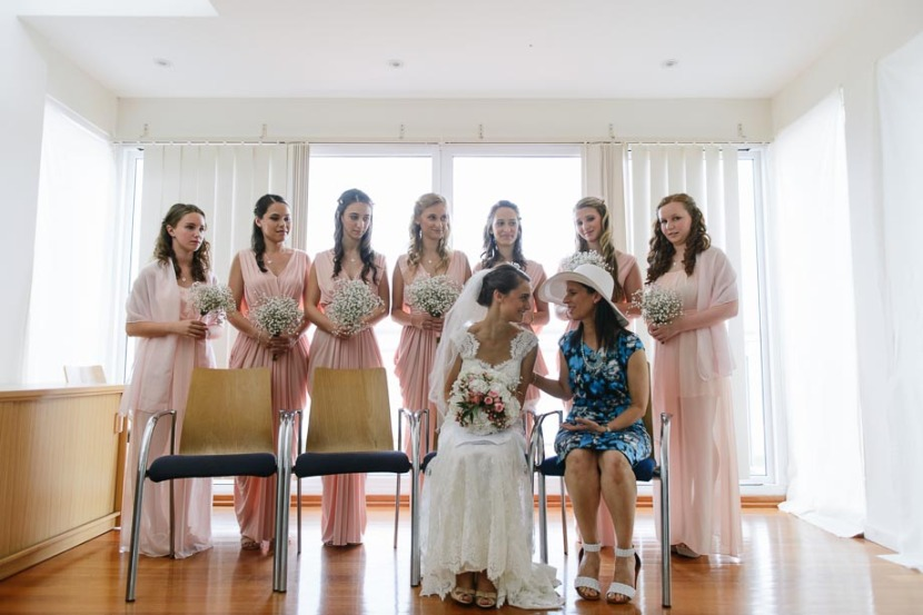 bride-and-bridesmaids-in-room