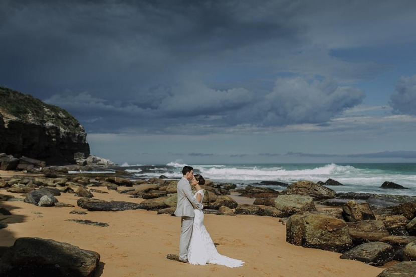 bride-groom-portraits-tumeretta-beach