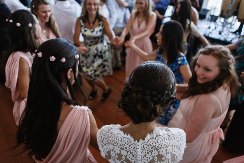 women-dancing-jewish-wedding-hora