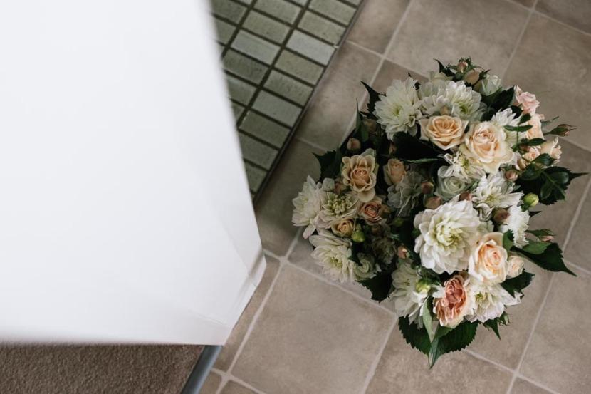 bridal-flowers-in-kitchen