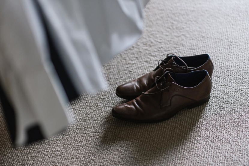grooms-wedding-shoes-on-floor