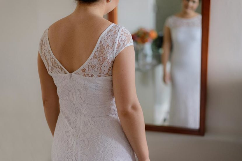 bride-in-wedding-dress-in-mirror