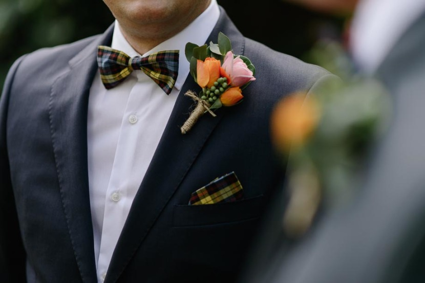 grooms-flowers-on-his-jwedding-jacket