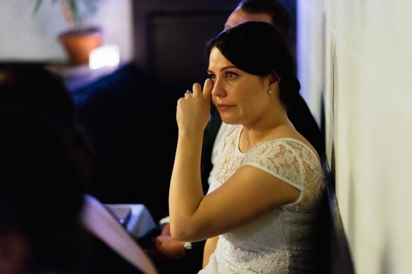 bride-crying-during-wedding-speech