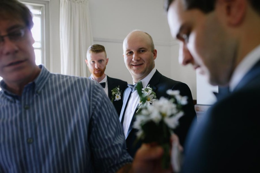 groomsmen-and-wedding-flowers