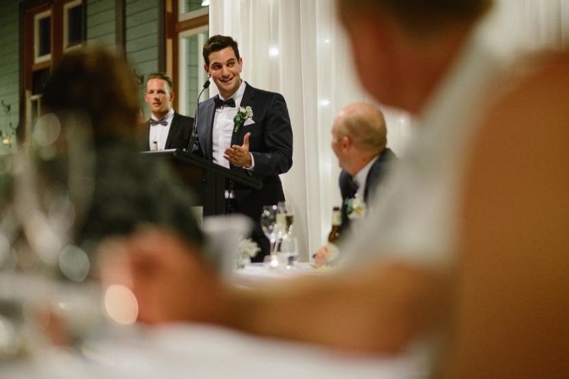 bestman-making-wedding-speech