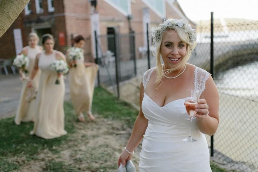 bride-near-beach