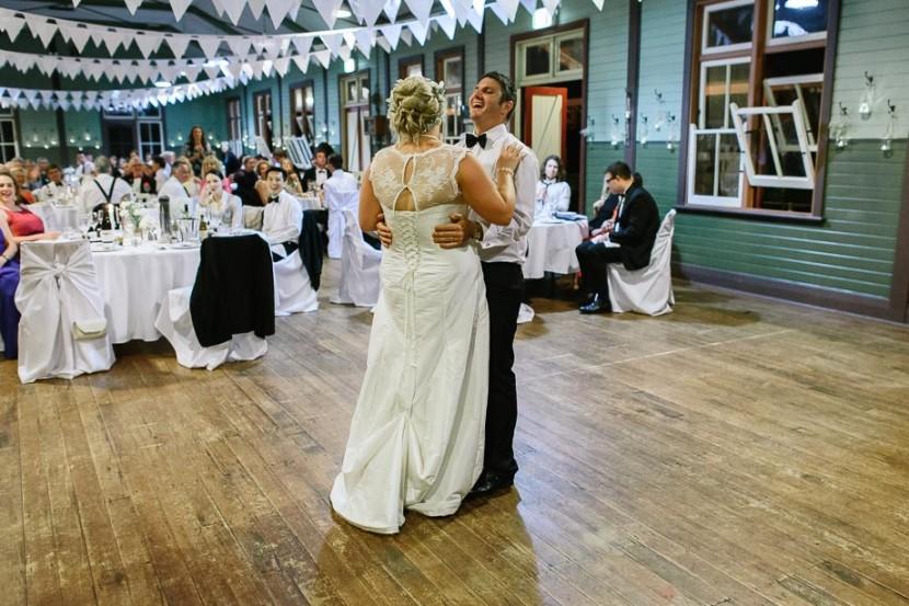 bride-groom-wedding-waltz
