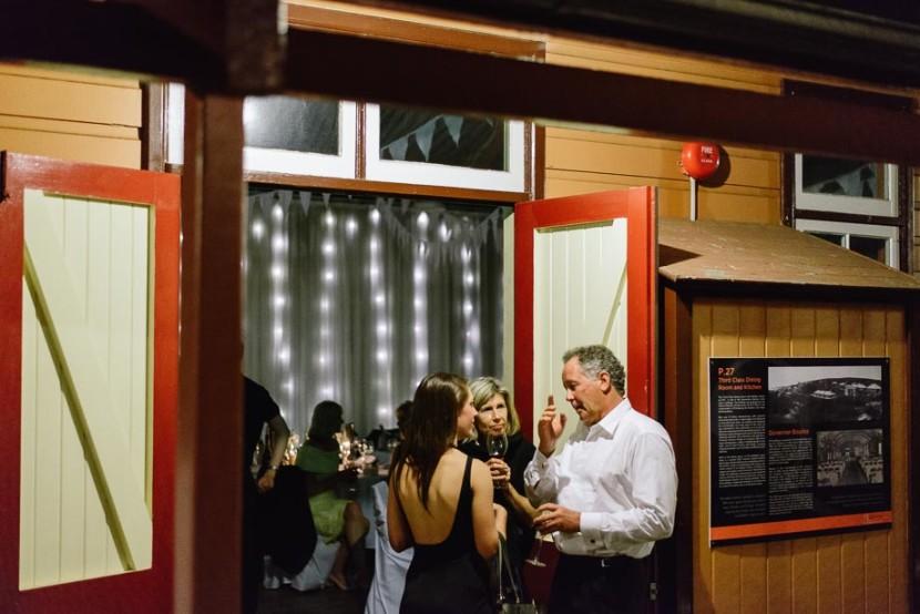 wedding-guests-outside-wedding-reception