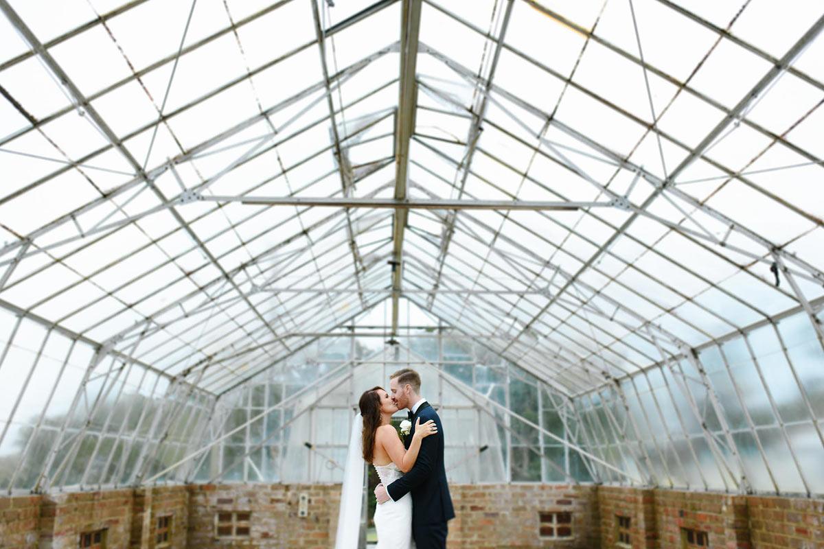 bride-groom-kissing-wedding-portrait