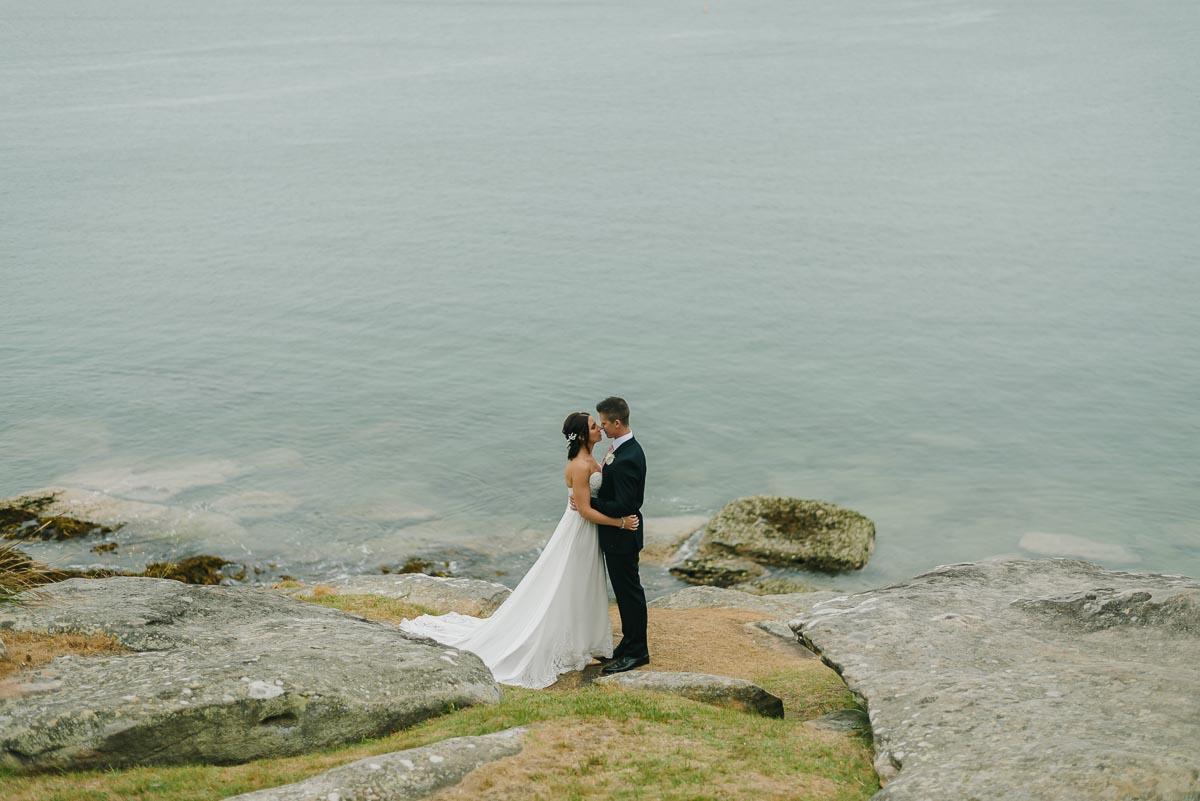 bride groom wedding portraits delwood beach manly