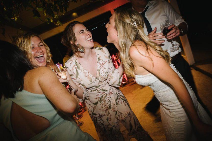 dancers-laughing-sydney-wedding-reception