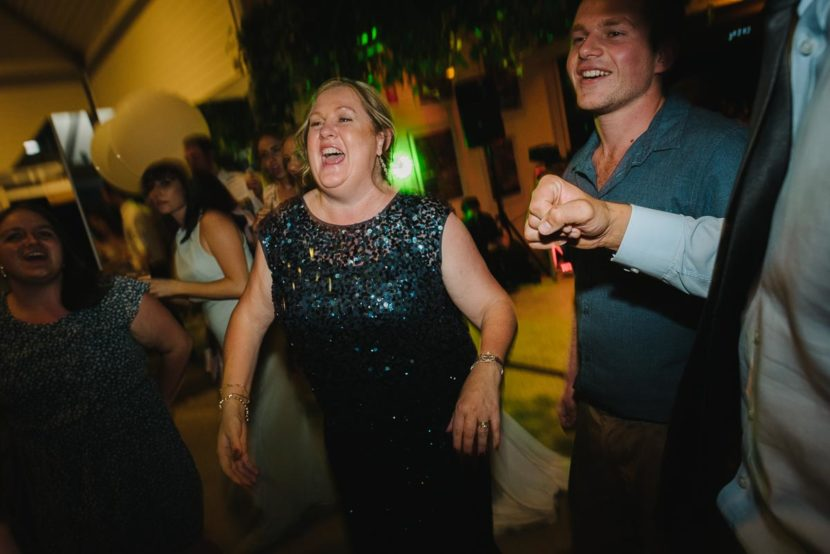 dancers-laughing-sydney-wedding-reception