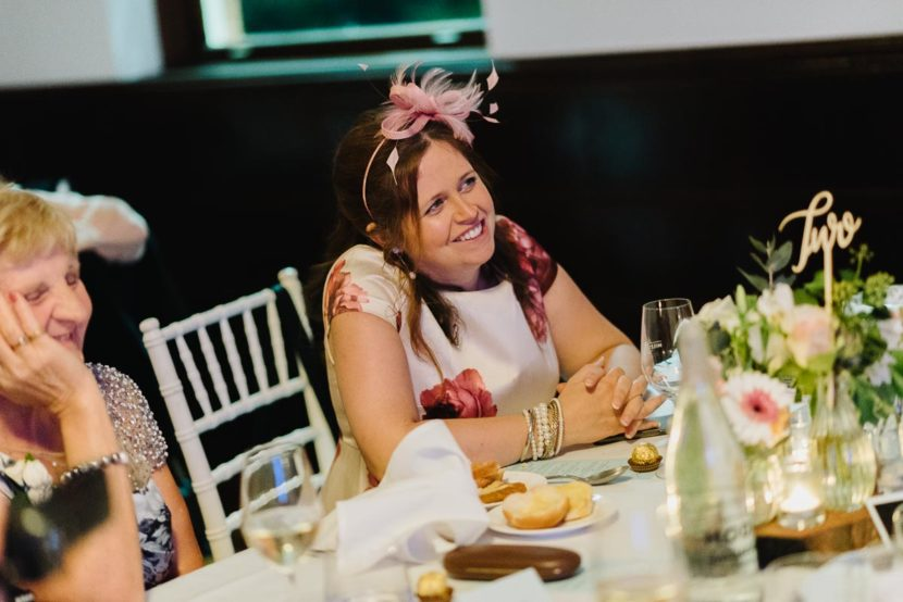 wedding-guest-laughing-during-speech